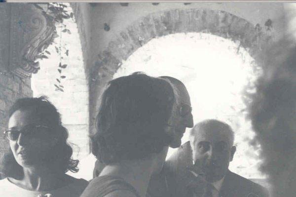 "1963 Congresso IARD (Rotary/Milão) para os superdotados – Capolona, ""La Nussa""Dra Mirjam Viterbi Bem Horin, On. Leo Magnino."