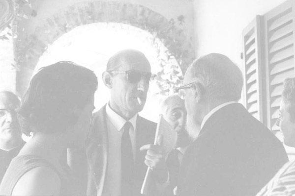 """1963 - Congresso IARD (Rotary/Milão) para os superdotados – Capolona, """"La Nussa""""On. Leo Magnino, Dr. Roberto Assagioli."""
