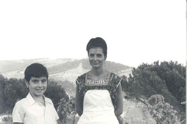 """1963 -  Congresso IARD (Rotary/Milão) para os superdotados – Capolona, """"La Nussa"""" – Colaboradores estimados."""