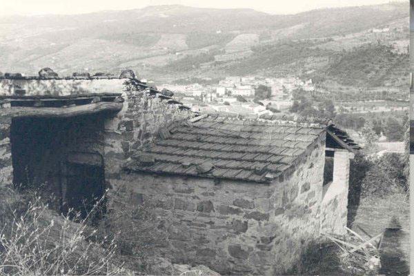 """O refugio das cabras (talvez ainda no lugar onde Assagioli se escondia durante a II Guerra Mundial quando era perseguido por questões religiosas e também por """"Pacifismo"""", ou seja, como propagador de conceitos favoráveis à PAZ."""