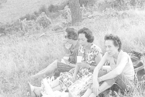 """1963 Congresso IARD (Rotary/Milão) para os superdotados – Capolona, """"La Nussa""""Maria Panizza, Edith Holz"""